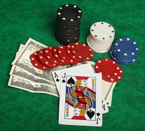 Zagraj w blackjacka na prawdziwe pieniądze